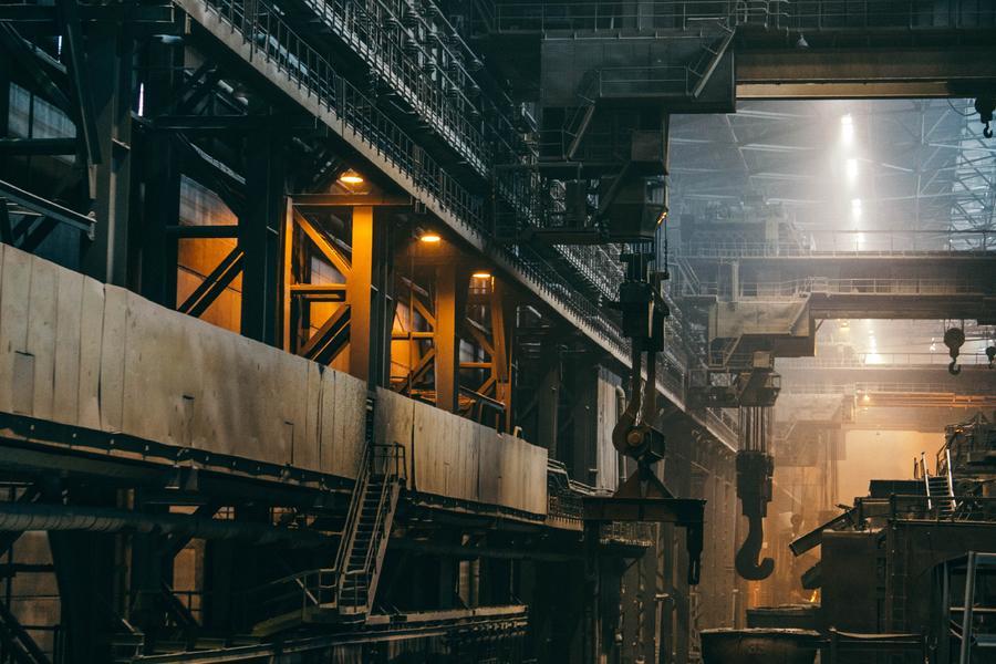 """中国制造业""""未富先老"""" 工业互联网会是其重焕新机的良药吗?"""